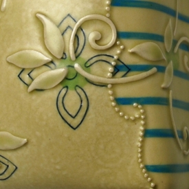 Pillow tile detail Pear Arabesque